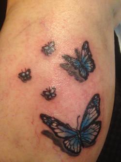 tattoo motyli