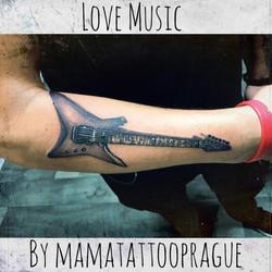 tetovani kytara ibanez