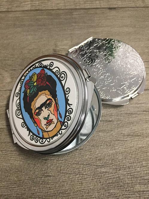 Kovové zrcátko Frida