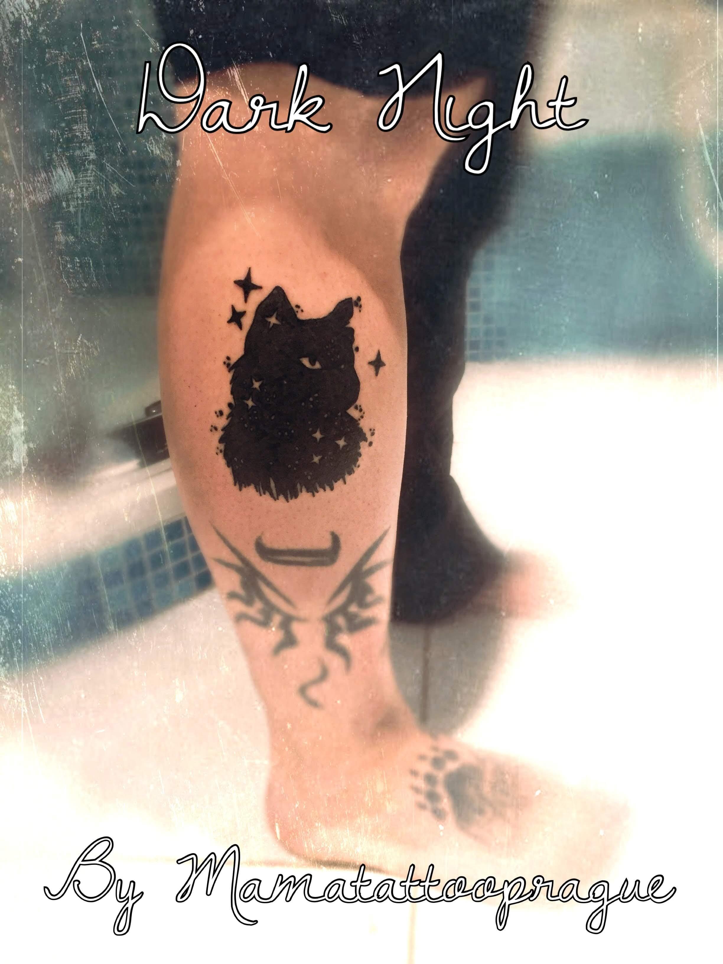 tetovani cerna kocka