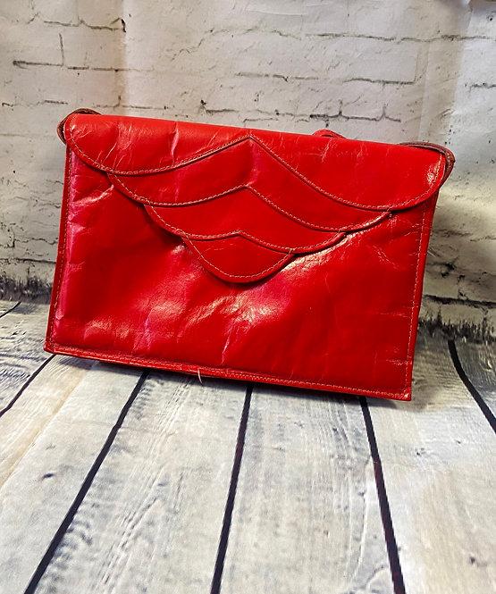 1970s Vintage Red Leather Shoulder Bag