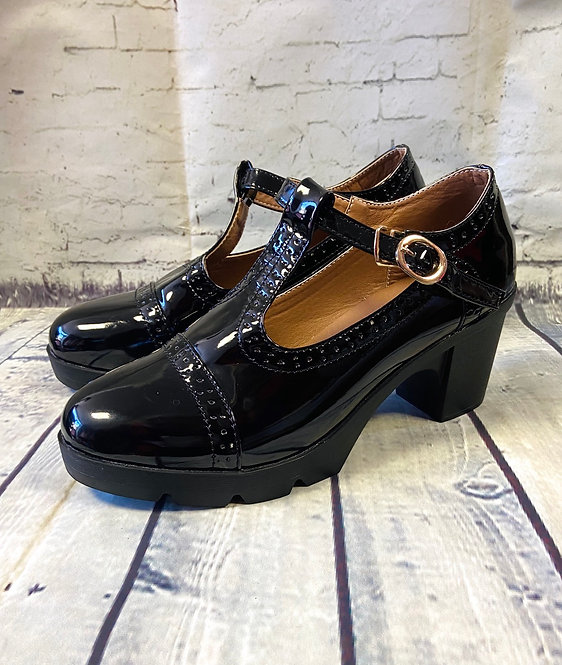 Retro Black Patent Chunky T-Bar Shoes UK6 (EUR39)