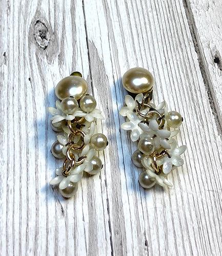 1960s Vintage Pearl Daisy Drop Earrings