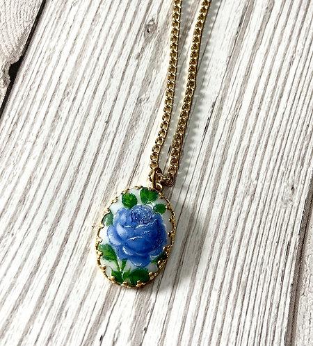 1970s Vintage Blue Rose Pendant Necklace