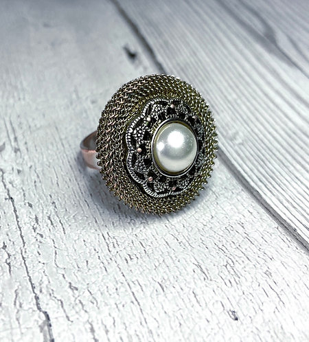 Vintage Mesh & Pearl Cocktail Ring