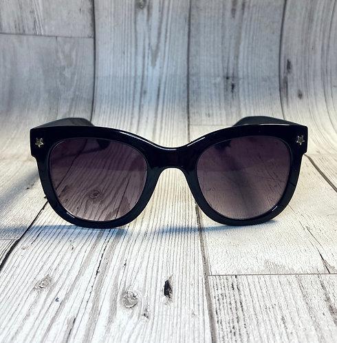 Vintage Deadstock Black Wayfarer Style Sunglasses
