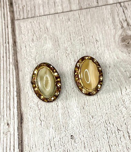 1950s Vintage Oval Pearlescent Clip On Earrings