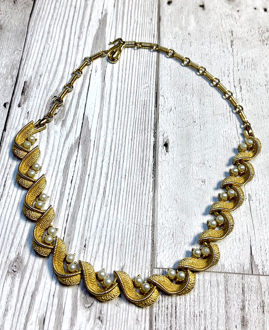 1950s Vintage Gold & Pearl Swathe Necklace