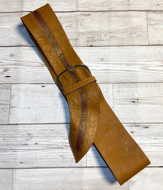 1980s Vintage Tan Leather Curved Belt UK 14/16/18