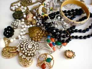 Vintage Jewellery | Costume Jewellery | 80s Jewellery