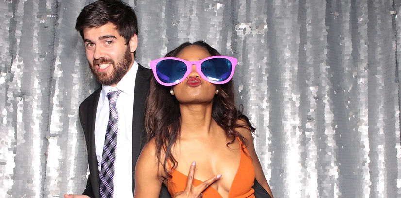 Great deals on photo booth rentals in Detroit Michigan