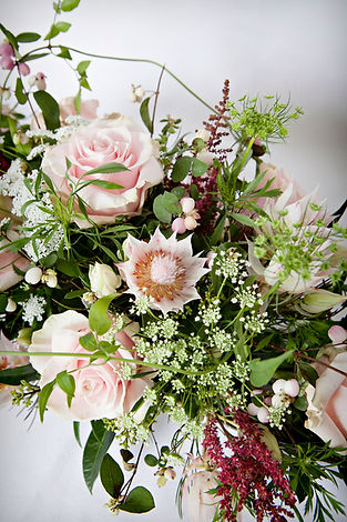 canmore florist, canmore wedding flowers, banff florist, banff wedding flowers, canmore wedding planner, canmore delivery flowers