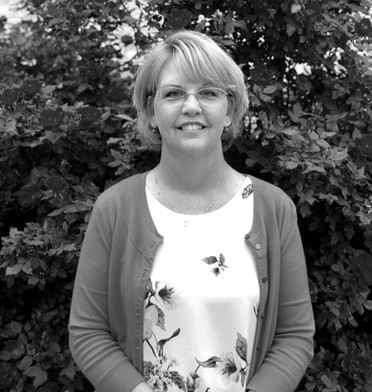 Payroll Manager: Jo Quarles