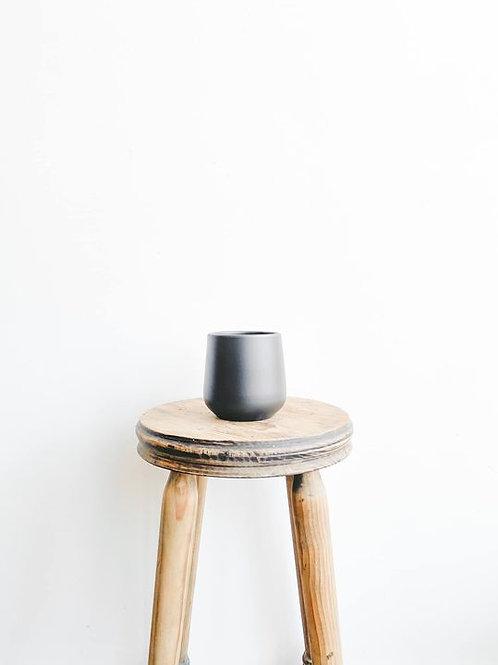 Amber Ceramic Pot - Matte Black
