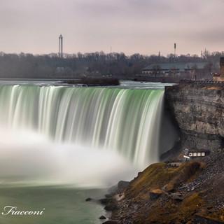 Niagara Falls on a Dreary Day