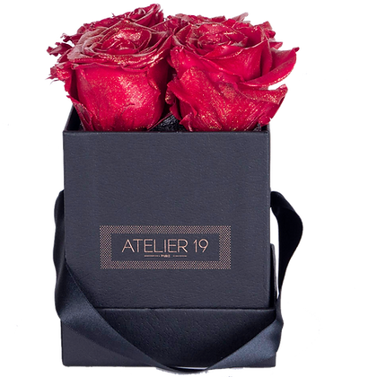 CLASSIC 4 ETERNAL ROSES - GLITTER RED - BLACK SQUARE BOX