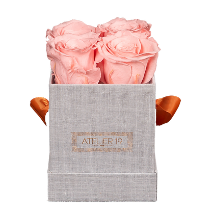 CLASSIC 4 ETERNAL ROSES - SOFT PINK - GREY SQUARE BOX