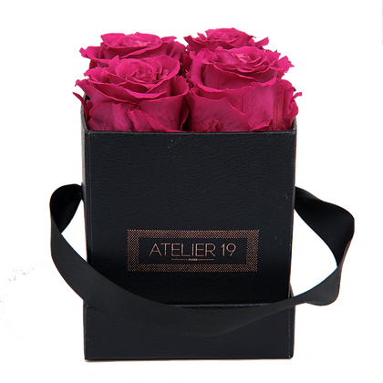 CLASSIC 4 ETERNAL ROSES - FUCHSIA PEPS - BLACK SQUARE BOX