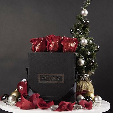 box_noire_9_roses_éternelles_rouge_noel_