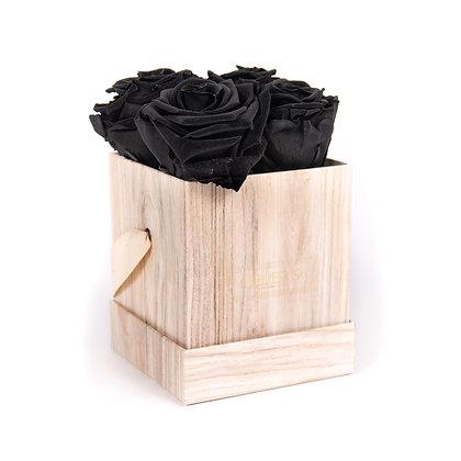 4 Roses Eternelles Noir Profond - Box carrée Bois Clair