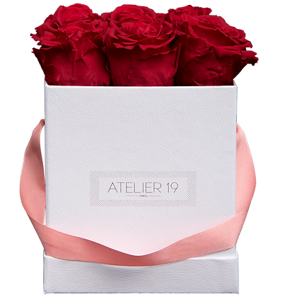 9 Roses Eternelles Rouge Passion - Box carrée Blanche