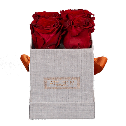 CLASSIC 4 ETERNAL ROSES - INTENSE CARMINE - GREY SQUARE BOX