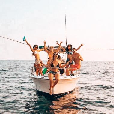 sunset-cruise-with-friends-in-playa-garza-nosara-costa-rica-viberts-secret-spot.jpg