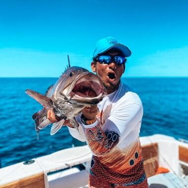 catching-grouper-on-a-fishing-trip-in-playa-garza-nosara-costa-rica-viberts-secret-spot