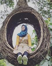 Nadia Profile Pic.jpg