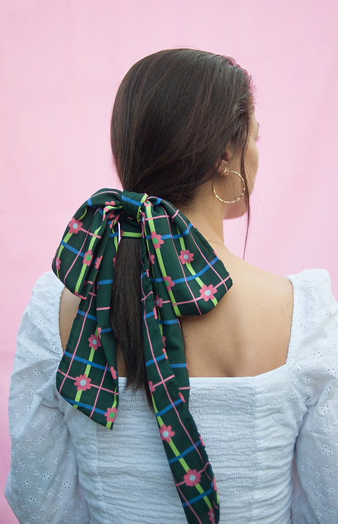 "Multipurpose skinny scarf in ""Retro tartan"" print"