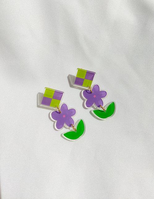 """""""In bloom"""" tiered acrylic earrings"""
