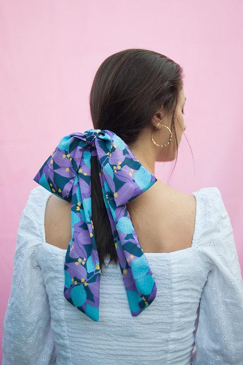 "Multipurpose skinny scarf in ""Lemony Blue"" print"