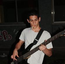 Complesso di Edipo bassista.jpg