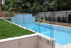 ALL GLASS paroi de piscine
