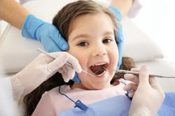 Sesión de odontología pediatrica