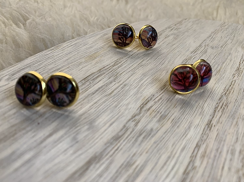 Glass and Gold stud earrings