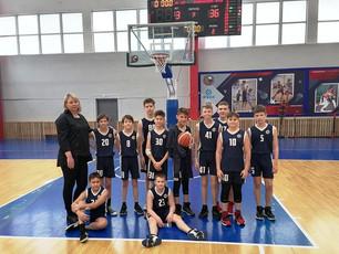 Участие в первенстве г. Красноярска по баскетболу среди ДЮСШОР (детских спортивных школ)