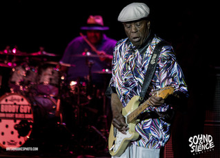 Buddy Guy at Meadowbrook Amphitheatre