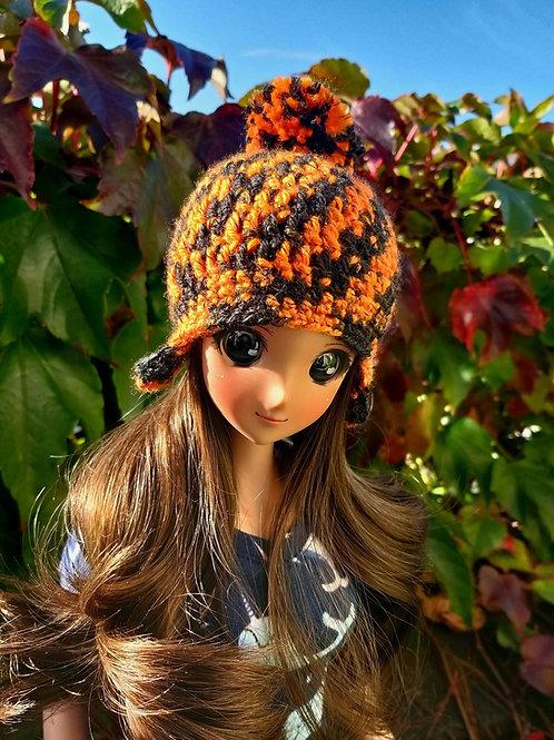 Smartdoll Pompom hat in Orange and Black