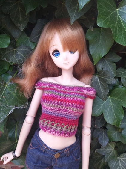 Pink crochet top for Smartdoll in varigated yarn