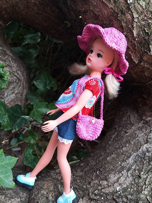 Sindy Doll Crochet Sun hat and matching bag set in pink