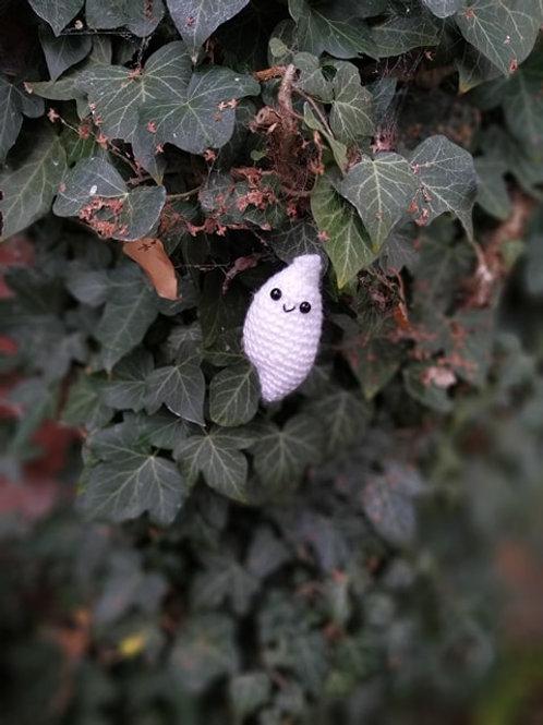 Little amigurumi ghost