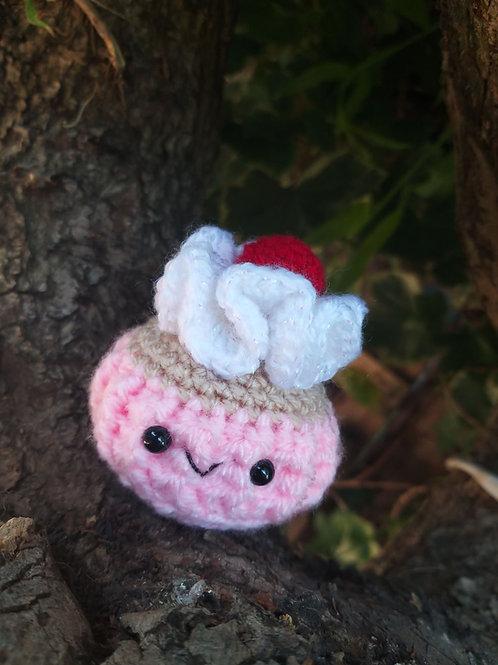crochet amigurumi cupcake