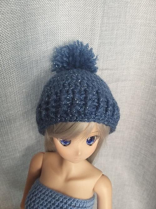 Blue sparkle yarn pompom hat for Smartdoll