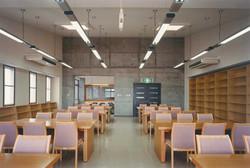 図書室西面