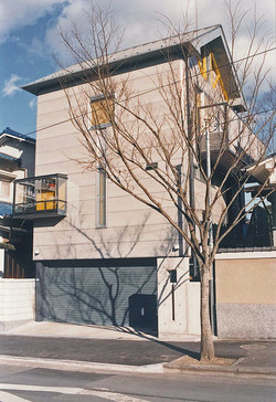 敷戸東町の家