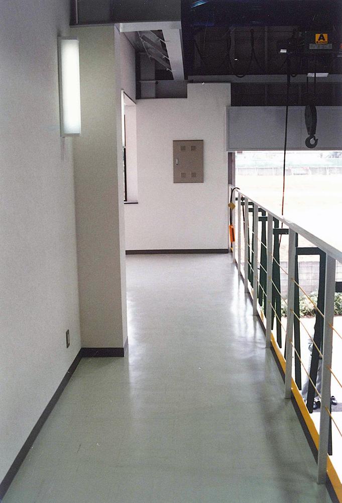 クレーン室廊下