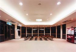ホールディングルーム