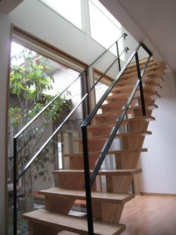 別府AB邸階段
