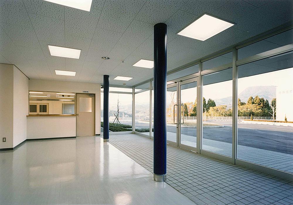 大分県特殊技能教育センター 玄関ホール